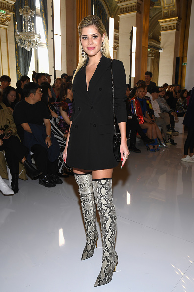 ダブルブレスト「Balmain : Front Row - Paris Fashion Week Womenswear Spring/Summer 2019」:写真・画像(16)[壁紙.com]