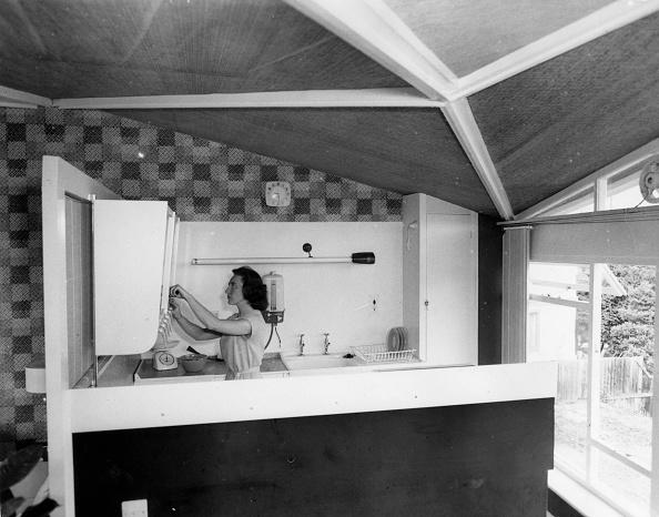 Kitchen「Prefab Home」:写真・画像(2)[壁紙.com]