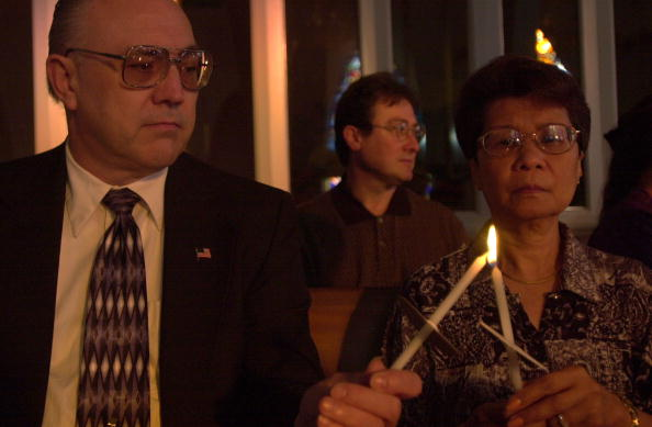 Silver Spring「Mass Held For Victims Of Maryland And DC Shootings」:写真・画像(11)[壁紙.com]