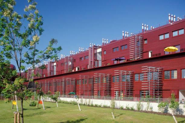 Vienna, Austria, Housing Estate. Architect: Jean Nouvel:ニュース(壁紙.com)
