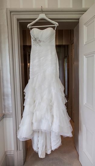 Wedding Dress「Wedding Dress waiting to be worn」:スマホ壁紙(18)