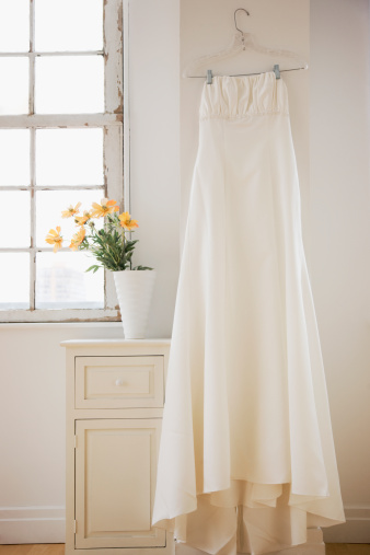 Dress「Wedding dress hanging in bed room」:スマホ壁紙(16)