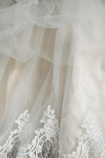 ドレス「ウェディングドレスのレースのシフォン飾り垂直」:スマホ壁紙(10)