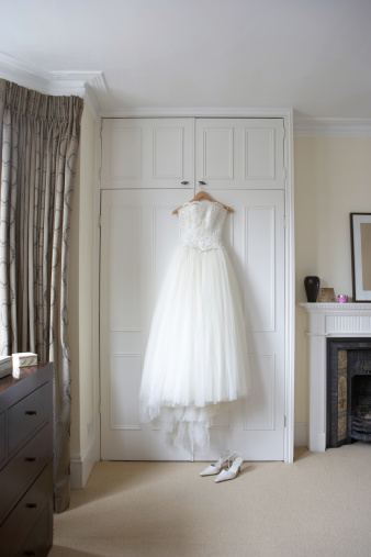 Dress「Wedding dress hanging on wardrobe doors, white shoes on floor」:スマホ壁紙(13)