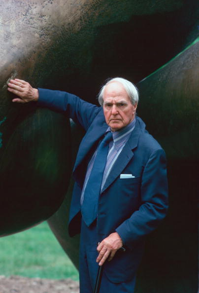 Tim Graham「Sculptor Henry Moore, England」:写真・画像(18)[壁紙.com]