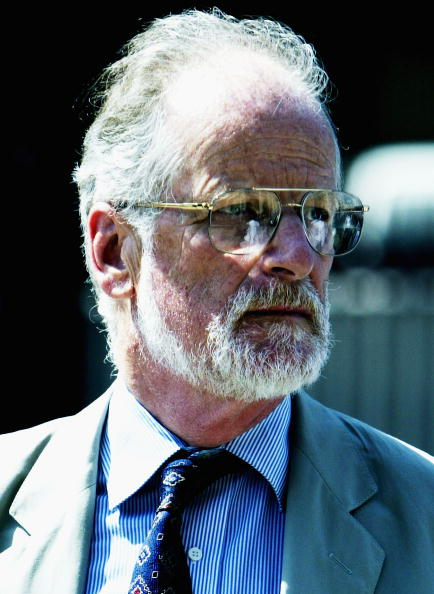 Advice「Lord Hutton Chairs Inquiry Into The Death Of Weapons Expert Dr. David Kelly 」:写真・画像(17)[壁紙.com]