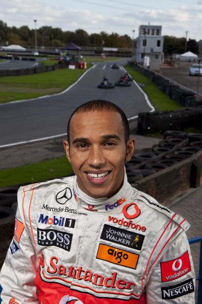 Lewis Hamilton - Racecar Driver「Lewis Hamilton」:写真・画像(1)[壁紙.com]