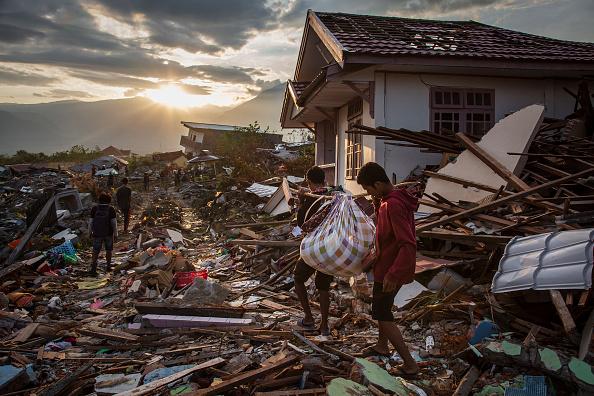 Damaged「Deadly Earthquake and Tsunami Hits Indonesia's Island of Sulawesi」:写真・画像(15)[壁紙.com]