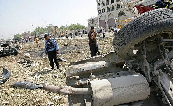 Baghdad「Many Dead As Central Baghdad Hit By Truck Bombs」:写真・画像(6)[壁紙.com]
