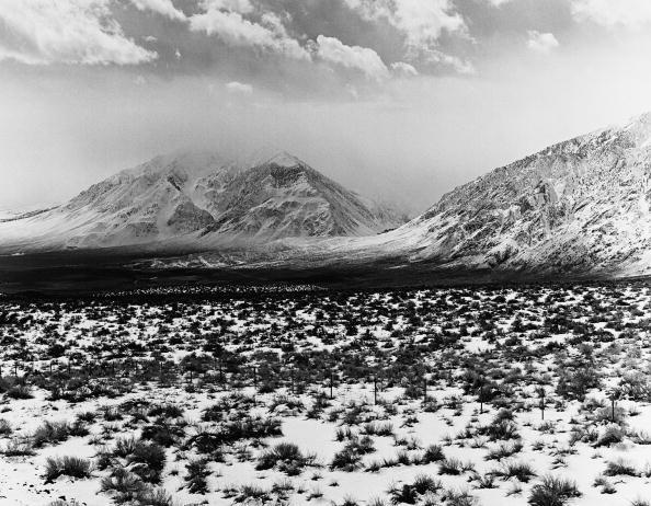 Wilderness Area「California's Eastern High Sierra Mountain Range」:写真・画像(2)[壁紙.com]
