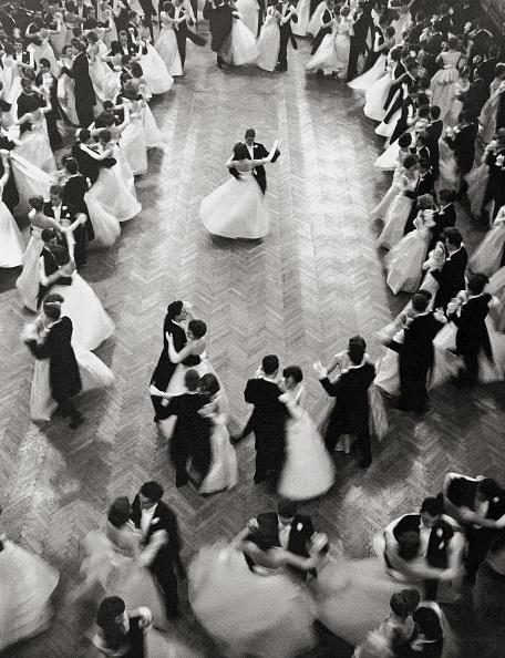 Sports Ball「Opening waltz at Philharmonikerball」:写真・画像(14)[壁紙.com]