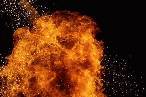 Fireball「Huge firewall with sparks emanating」:スマホ壁紙(6)