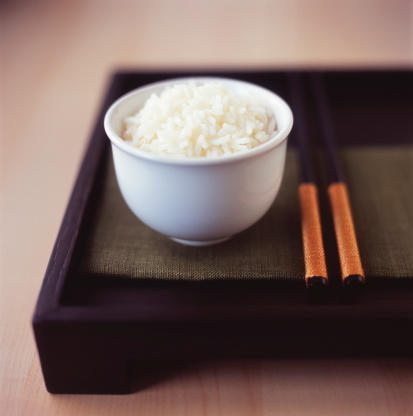 Jasmine Rice「Bowl of jasmine rice with chopsticks」:スマホ壁紙(14)