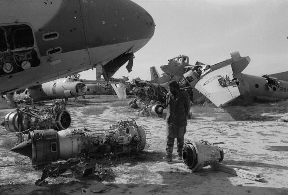 Jet Engine「Aircraft Graveyard」:写真・画像(2)[壁紙.com]