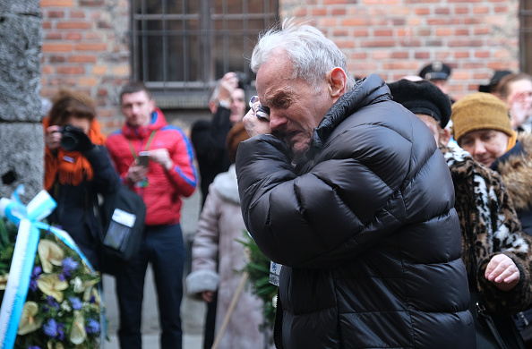 Survival「Auschwitz Memorial Commemorates 75th Anniversary Since Liberation」:写真・画像(11)[壁紙.com]
