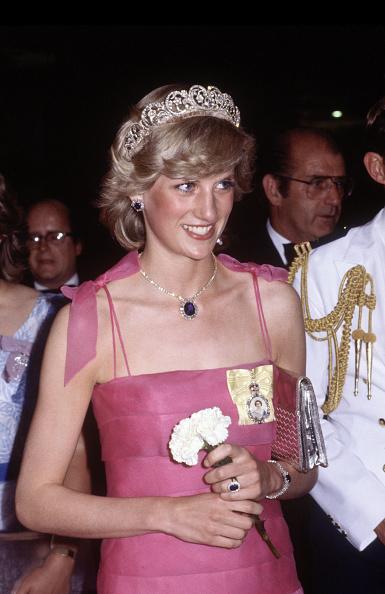 Brisbane「Diana Princess of Wales arrives at the Crest Hotel in Brisbane」:写真・画像(18)[壁紙.com]