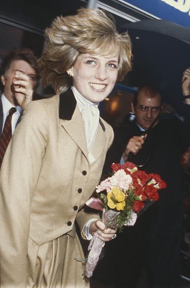Georges De Keerle「Diana Visits Capital」:写真・画像(11)[壁紙.com]