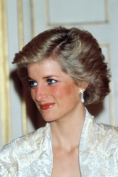 1人「Princess Diana in France」:写真・画像(1)[壁紙.com]