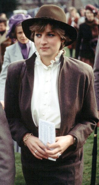 Shirt「Diana, Princess of Wales」:写真・画像(14)[壁紙.com]