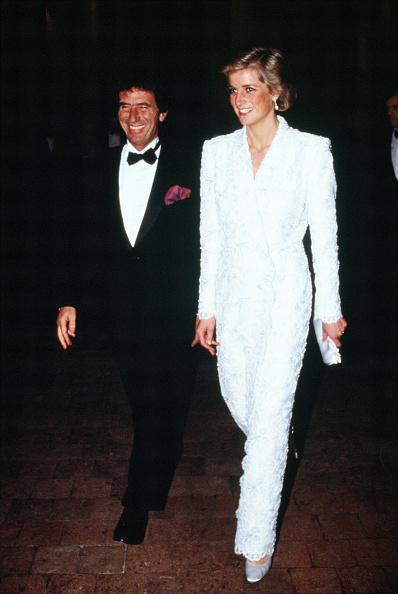 Fashion「Princess Diana In France」:写真・画像(1)[壁紙.com]