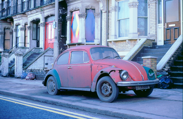 Run-Down「Old Volkswagen Beetle Banger」:写真・画像(16)[壁紙.com]