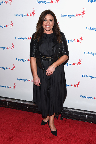 Leather Jacket「9th Annual Exploring The Arts Gala - Arrivals」:写真・画像(16)[壁紙.com]
