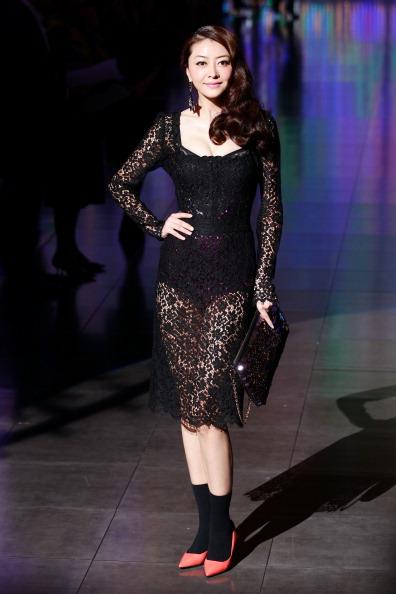 Pump - Dress Shoe「Dolce & Gabbana - Arrivals - Milan Fashion Week Womenswear Spring/Summer 2012」:写真・画像(2)[壁紙.com]