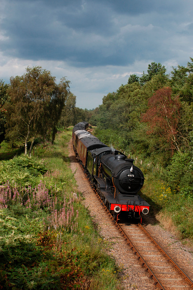 Norfolk - England「Loco number 61572 is photographed  at Kelling whilst travelling from Sheringham to Holt on the North Norfolk Railway. August 2004.」:写真・画像(9)[壁紙.com]