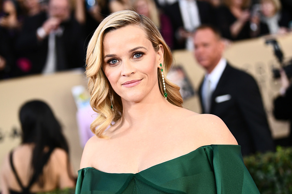 Reese Witherspoon「24th Annual Screen Actors Guild Awards - Red Carpet」:写真・画像(3)[壁紙.com]