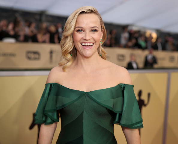 Reese Witherspoon「24th Annual Screen Actors Guild Awards - Red Carpet」:写真・画像(9)[壁紙.com]