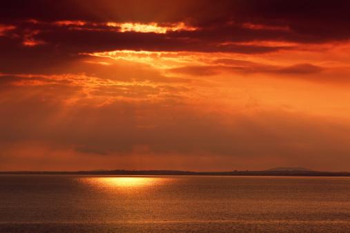 アイリッシュ海「夕暮れ時の海」:スマホ壁紙(4)