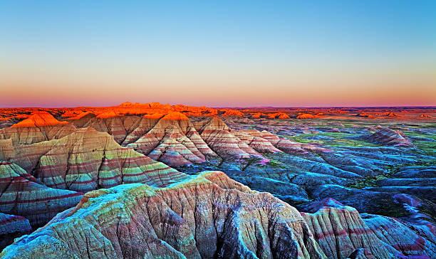 Sunset at The Wall, Badlands National Park, South Dakota.:スマホ壁紙(壁紙.com)