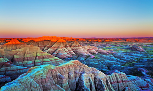 Wilderness Area「Sunset at The Wall, Badlands National Park, South Dakota.」:スマホ壁紙(13)