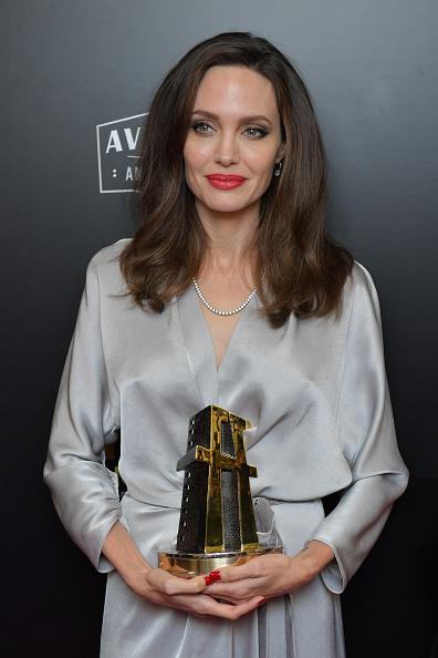 アンジェリーナ・ジョリー「21st Annual Hollywood Film Awards - Press Room」:写真・画像(10)[壁紙.com]