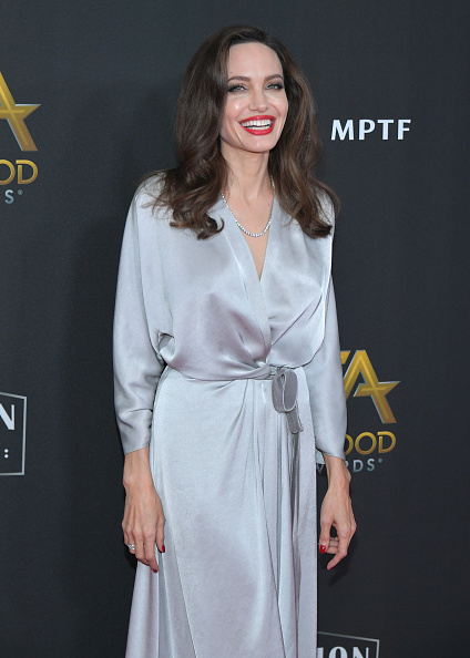 Silver Colored「21st Annual Hollywood Film Awards - Arrivals」:写真・画像(14)[壁紙.com]