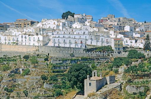 Whitewashed「Monte Sant'Angelo, rgano, Apulia, Italy」:スマホ壁紙(15)