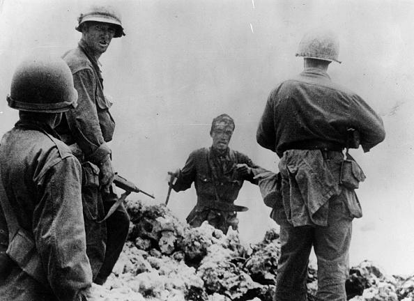 Surrendering「Japanese Surrender」:写真・画像(6)[壁紙.com]