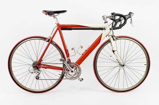 Side View「Red and white racing touring bike with white background」:スマホ壁紙(7)