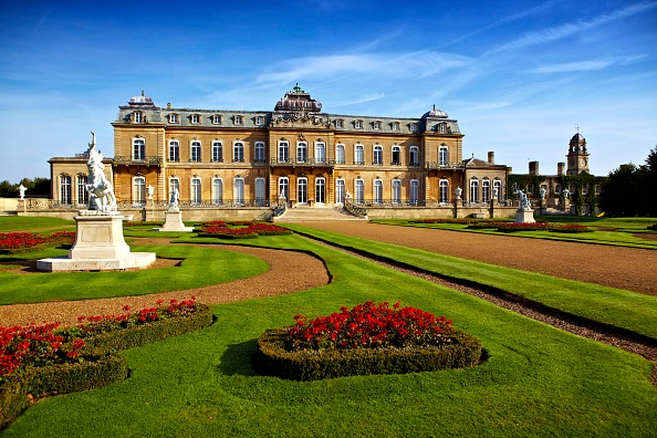 Flowerbed「Wrest Park House And Gardens」:写真・画像(4)[壁紙.com]