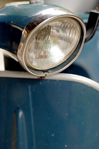 Motorcycle「Old italian scooter closeup」:スマホ壁紙(17)