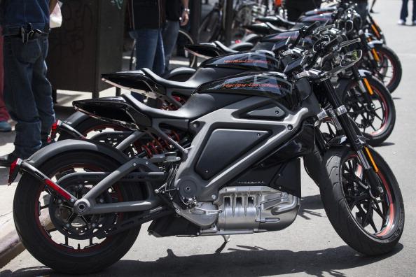 Harley-Davidson「Harley Davidson Unveils Electric Motorcycle」:写真・画像(10)[壁紙.com]