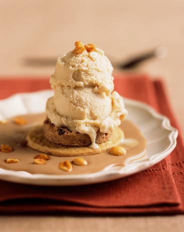 Cookie「Walnut ice cream on cookie」:スマホ壁紙(18)