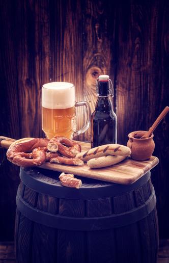 Oktoberfest「Sausages and Beer」:スマホ壁紙(18)