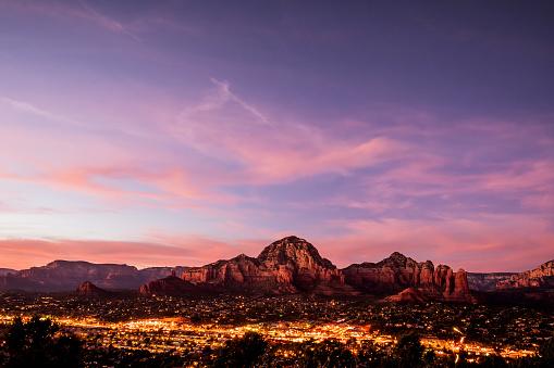 Sedona「Sedona mountains viewed from Airport Mesa, in Arizona, USA」:スマホ壁紙(9)