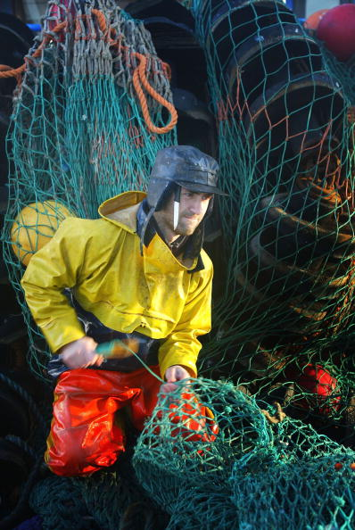 Christopher Furlong「Scottish Trawlermen Work The Waters Of The North Atlantic」:写真・画像(4)[壁紙.com]