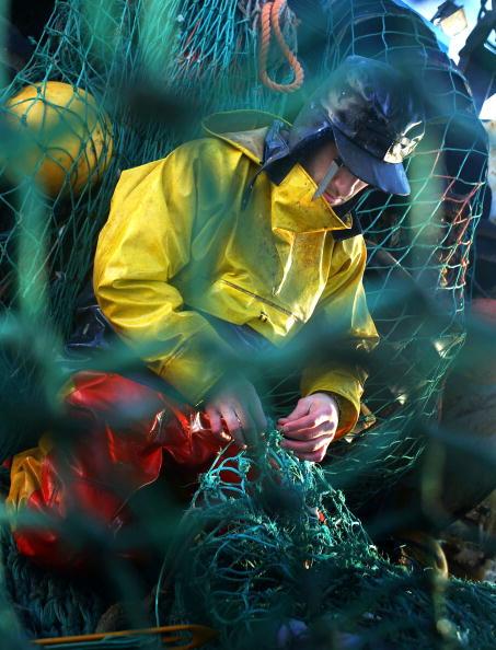 Fisherman「Scottish Trawlermen Work The Waters Of The North Atlantic」:写真・画像(13)[壁紙.com]