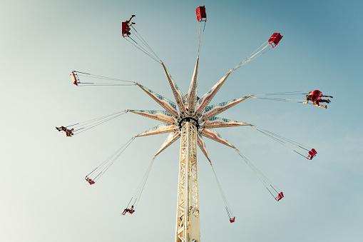 Amusement Park「Coney island swing」:スマホ壁紙(7)