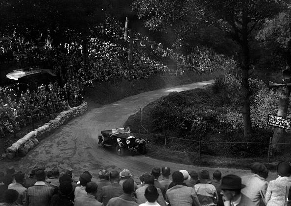 Curve「Railton light sports competing in the Shelsley Walsh Hillclimb, Worcestershire, 1935」:写真・画像(17)[壁紙.com]