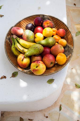 Pear「Spain, organic food, basket full of fruits」:スマホ壁紙(17)