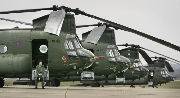 CH-47 Chinook「Chinooks Prepare For Afghanistan Deployment」:写真・画像(6)[壁紙.com]